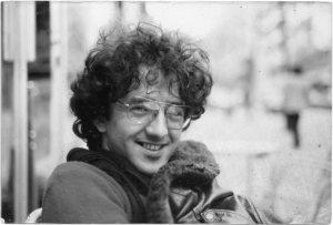 El-joven-Robero-Bolaño-escritor-de-Los-Perros-Románticos-y-Los-detectives-Salvajes.